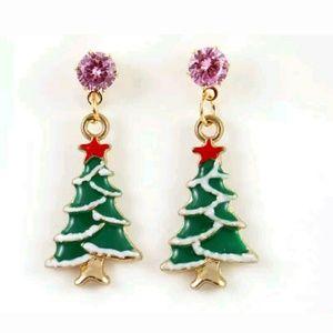 Gorgeous Christmas Tree Earrings